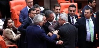Erdoğan'ın Anayasa Mahkemesi'ni Tanımaması Meclis'te Tartışma Çıkardı!