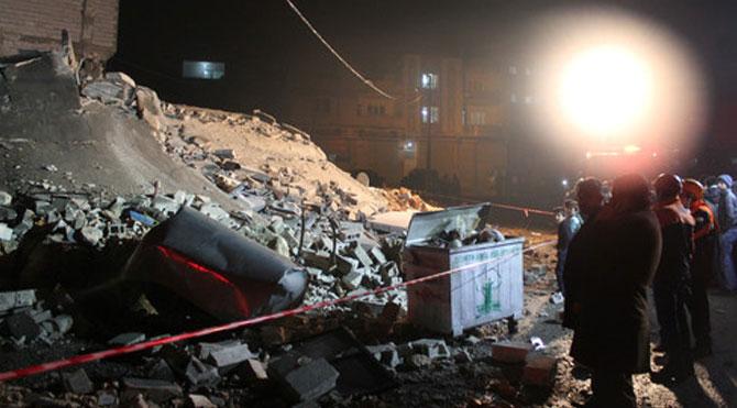 Suriyeliler'in Kaldığı Bina Çöktü!