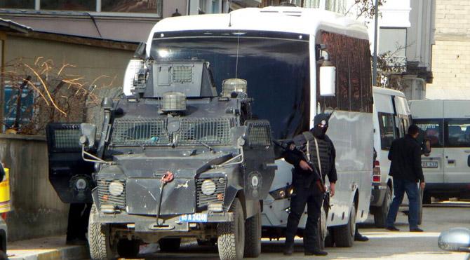 Teröristin Taziye Çadırına Operasyon