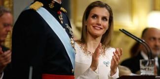 İspanya Kraliçesi'nin İşadamıyla Olan Mesajlaşması Ortalığı Karıştırdı!