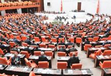 AKP'nin Dokunulmazlık Teklifi Sorunlu Çıktı!