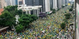 """Brezilya'da """"Başkan İstifa"""" Eylemi!"""