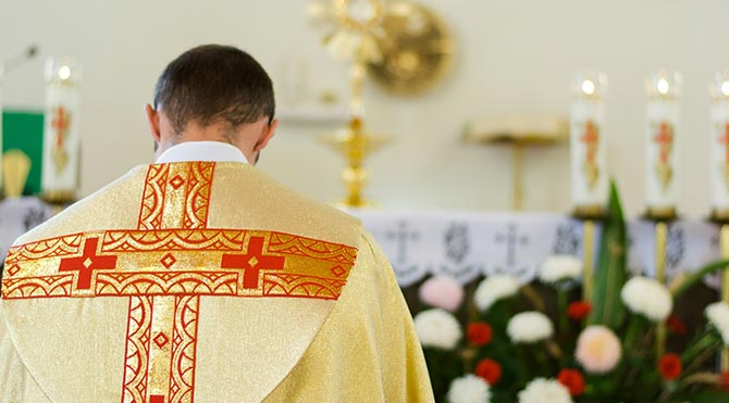Katolik Kilisesi'nde Pedofili Skandalı!