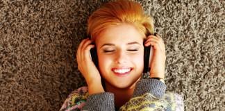 Kulaklıkla Müzik Dinleyenler Dikkat!