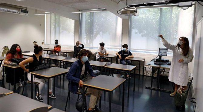 Bakan Koca'dan okulların açılış tarihiyle ilgili açıklama
