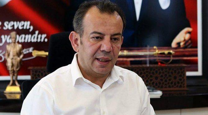 CHP'li Bolu Belediye başkanı Tanju Özcan'dan Atatürk'lü 15 Temmuz mesajı