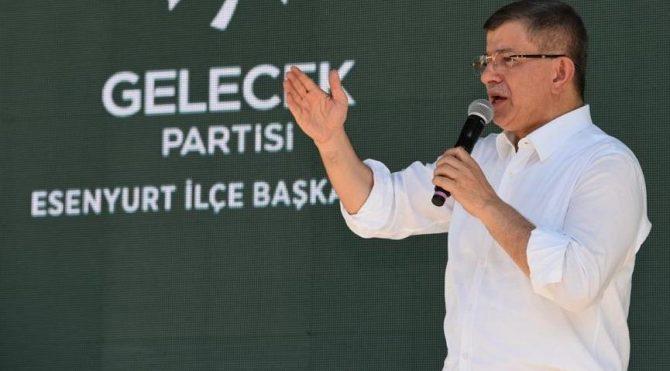 Davutoğlu: Geleneksel medya'yı kontrol altına aldılar sıra sosyal medya'da