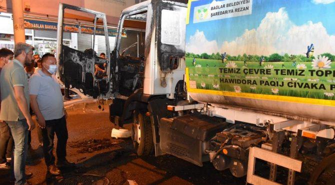 Diyarbakır'da Temizlik aracını silah zoruyla durdurup ateşe verdiler