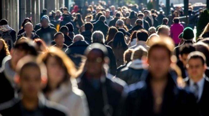 Nisanda ayında aktif sigortalı sayısı 638 bin azaldı