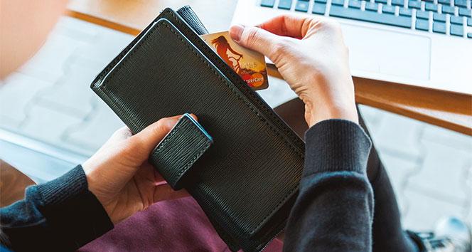 Bankalar havaleden yeniden ücret almaya başladı,Kanunu takan yok!