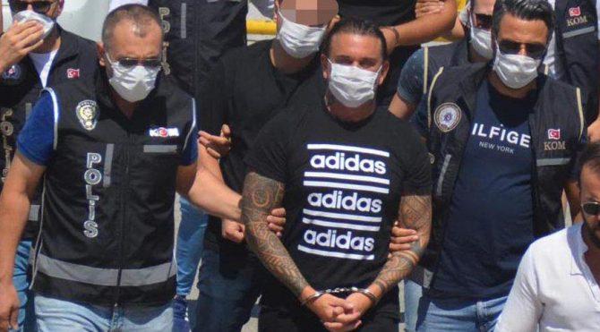 Çete lideri 10 gün hapis yatıp tahliye edilmiş… Çeşme'de GBT'te ikinci kez yakalandı