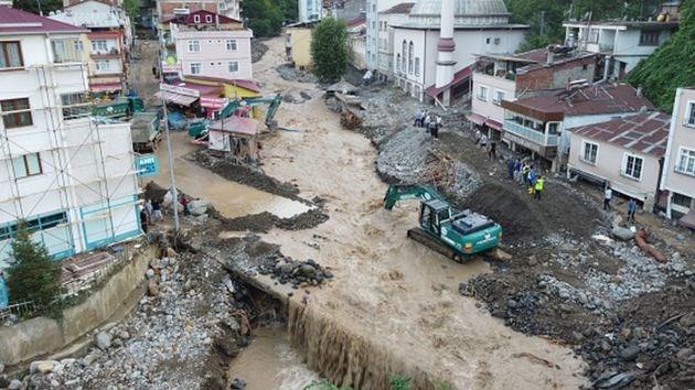 Giresun'da yaşanan sel felaketinde can kaybı 12'ye yükseldi