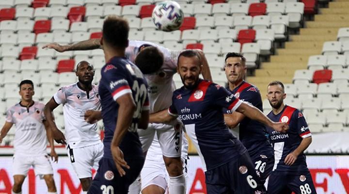 Antalyaspor'a yapılan üçüncü testler negatif çıktı,vaka sayısı 2'ye düştü