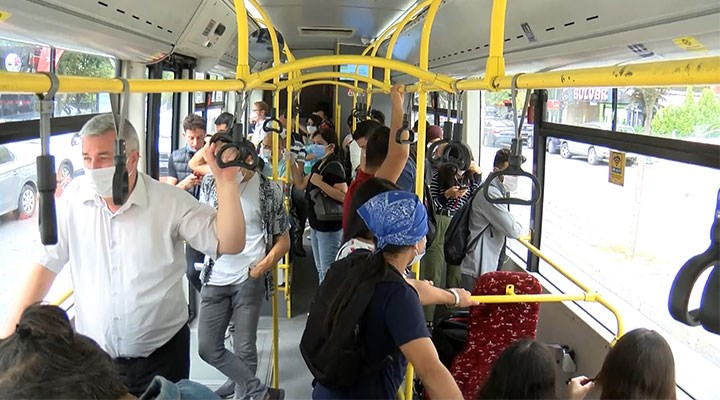 İETT şoföründen yolculara maske uyarısı: Duyarlı ve bilinçli olunsa sorun yaşamayız