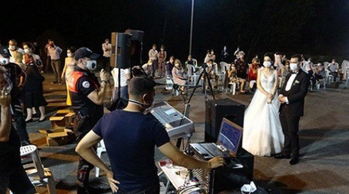 İzmir'de düğün saatleri değiştirildi.HES uygulamasına geçilecek