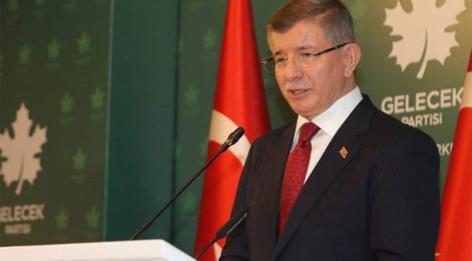 Ahmet Davutoğlu: Vatandaşın derdiyle dalga geçiyorlar,Türkiye bu iktidarı hak etmiyor