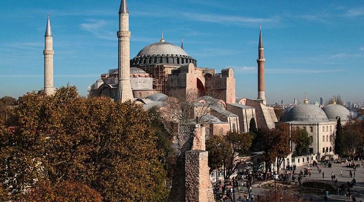 Ayasofya'ya camiye çevrildiği için 1 milyon TL harcanmış