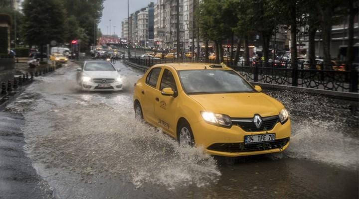 Meteoroloji'den İstanbul ve 8 ile sağanak yağış uyarısı