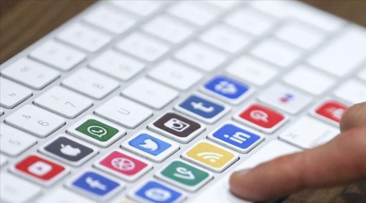 Sosyal medya düzenlemesi yürürlüğe girdi.! Aman dikkat..