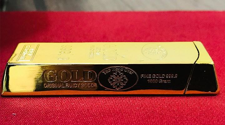 Cezaevinden izinli çıktığı gün çakmağı külçe altın diye sattı