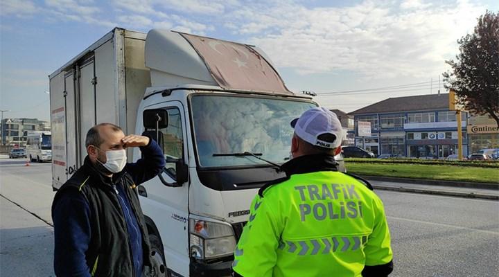 Düzce'de kamyonet sürücüsüne solmuş Türk bayrağı cezası