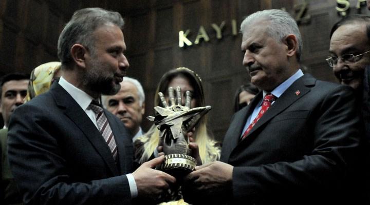 15 Temmuz'da FETÖ'cülerle çatıştığını iddia eden AKP'li başkan'ın Antalya'da olduğu çıktı
