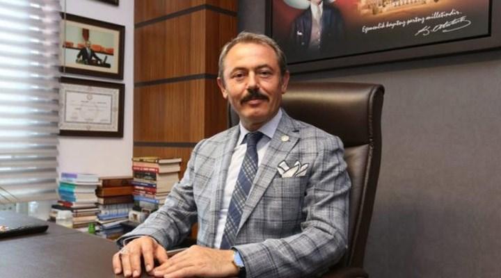 AKP'li Tin'in 'kebap fişleri' haberine erişim engeli