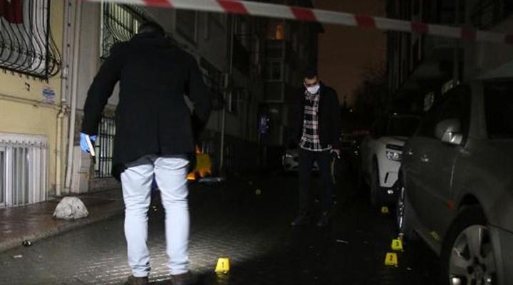 Beyoğlu'nda evine giden 16 yaşındaki çocuğa silahlı saldırı