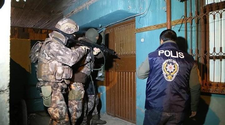 33 ilde FETÖ operasyonu: 52 gözaltı