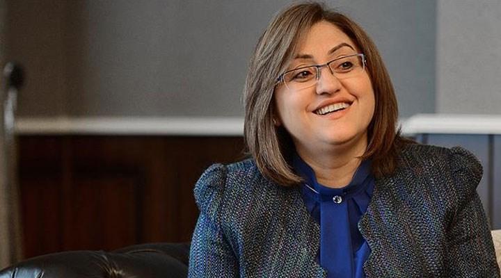 """AKP'li Fatma Şahin, Cumhurbaşkanı Erdoğan'a, """"başöğretmen"""" dedi."""