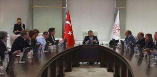 Bilim Kurulu, Sağlık Bakanı Fahrettin Koca başkanlığında aşı gündemiyle toplanacak.
