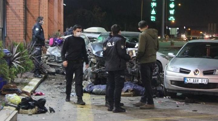 'Bugün ikimiz de öleceğiz' deyip TEM'deki dinlenme tesisine daldı: 1 ölü, 8 yaralı