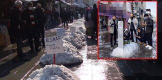 Dükkanlarını açamayan esnaf kardan mezarın önünde dua etti