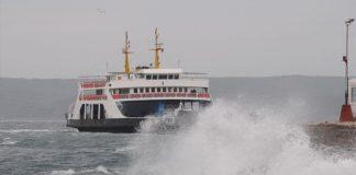 Gökçeada ve Bozcaada feribot seferlerinin tümü iptal edildi