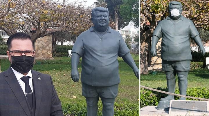 Turgut Özal'ın heykeline maske taktılar, Anavatan Partisi tepki gösterdi