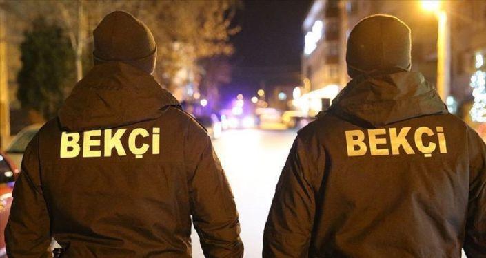 Adana'da gece bekçilerine silahlı saldırı: Bir bekçi yaralandı