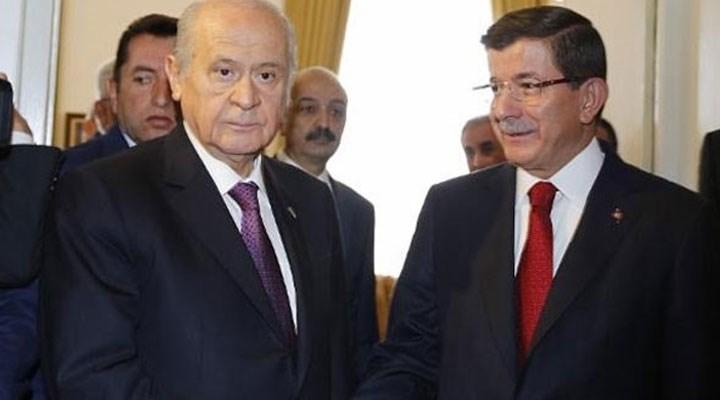 Ahmet Davutoğlu: Ne yalanda ne iftirada ne de şiddete tahrikte Bahçeli ile yarışamayız