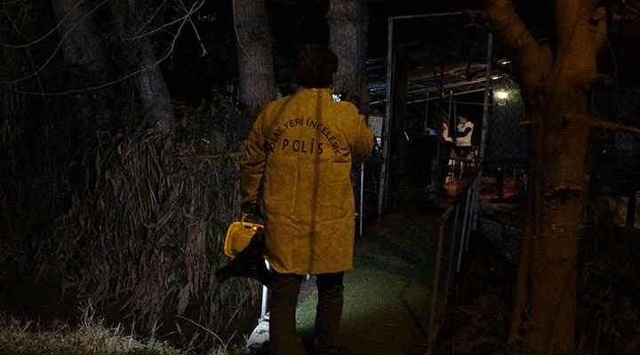 Antalya'da bir evin bahçesinde kafatası bulundu