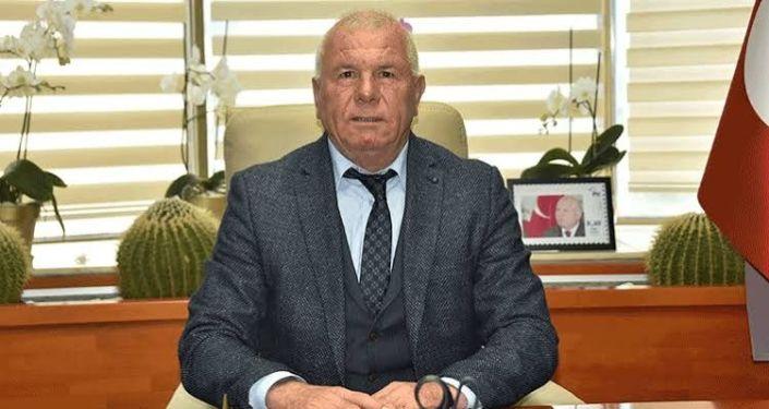 """CHP'li Belediye Başkanın ''Arap'ın ümmeti değiliz"""" paylaşımına hapis cezası"""