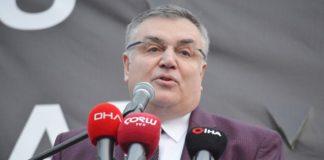 Kırklareli Belediye Başkanı Mehmet Siyam Kesimoğlu, CHP'ye geri döndüğünü açıkladı.