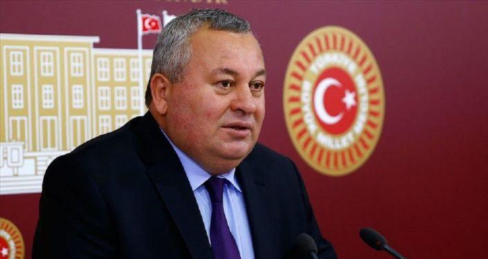 ''Bay Kemal, Merkez Bankası Başkanı'nı görevden alarak, dolar komplosu kurarak tuzak hazırladı''
