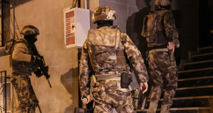 İstanbul'da IŞİD operasyonunda 15 kişi yakalandı