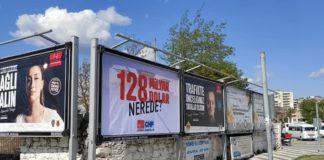 '128 milyar dolar nerede' afişleri Aydın'ın Kuşadası ve Söke ilçelerinde de toplatıldı.