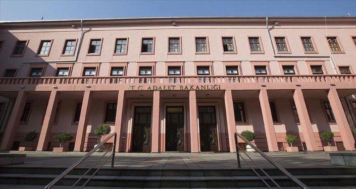 Adalet Bakanlığı, Hakim ve Savcı mülakatlarını ertelendiğini duyurdu