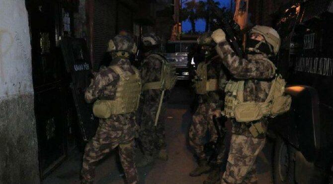 Adana merkezli 4 ilde uyuşturucu operasyonu: 25 gözaltı