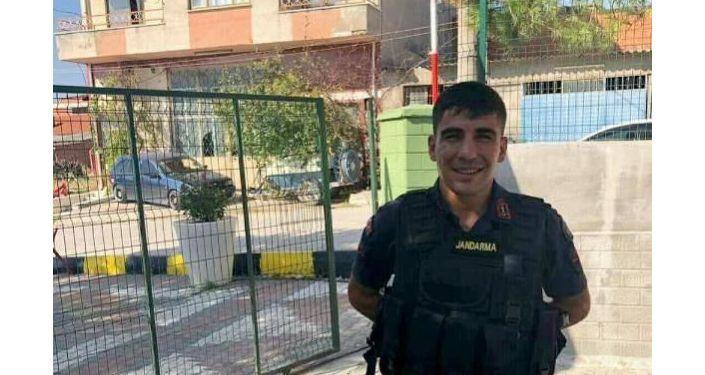 Akhisar'da uzman çavuş silahla intihar etti