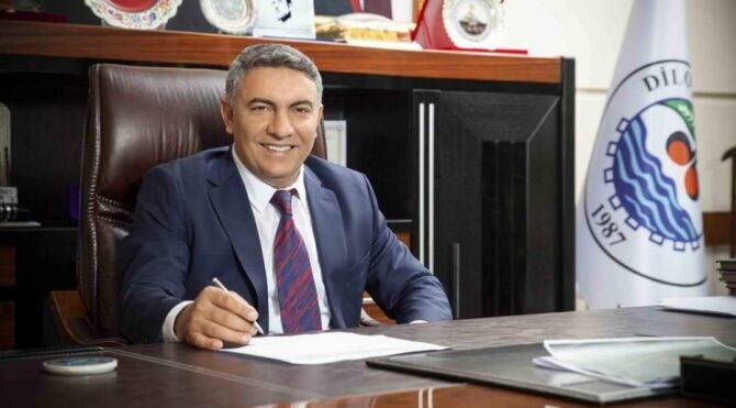 AKP'li belediye başkanı akrabalarına 1,3 milyon lira tabela parası ödedi iddiası