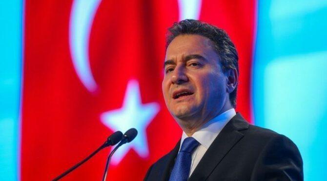 Ali Babacani: Piyasaların bozulma nedeni Tayyip Bey'in damadı övmeye başlaması.