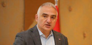 Bakan Ersoy: Tüm turizm çalışanları Mayıs sonuna kadar aşılanacak