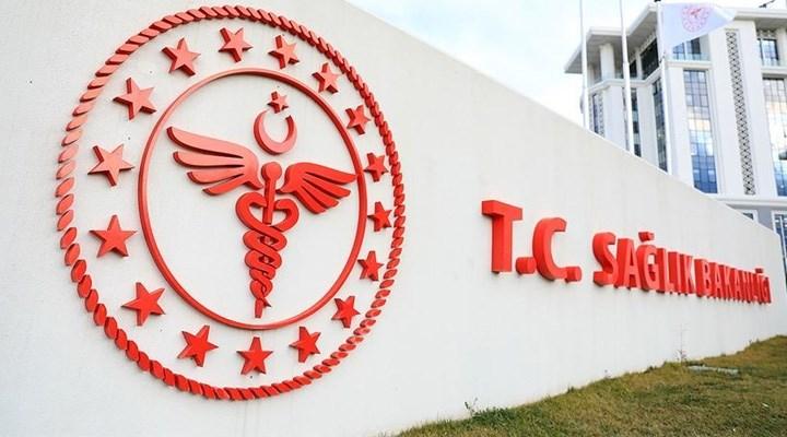 Bakanlık 65-72 yaş arası doktorlar yeniden atamak için başvuru ilanı yayınladı